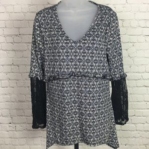 NY Collection V-Neck Lace Trimmed Blouse, NWT, Med